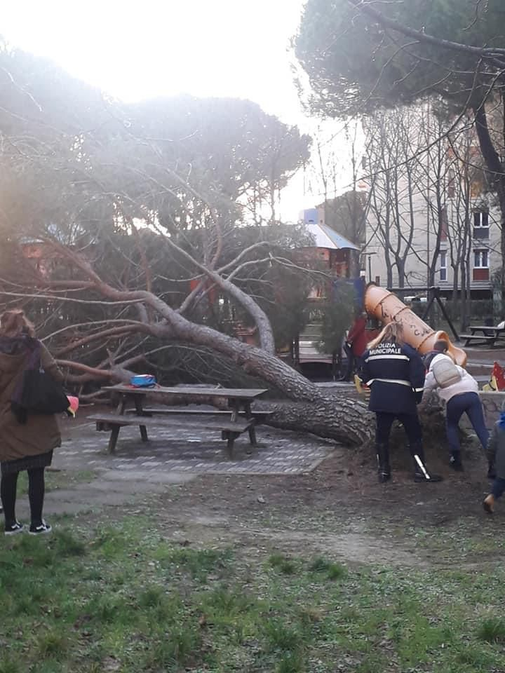 Pino Grosseto Via Einaudi