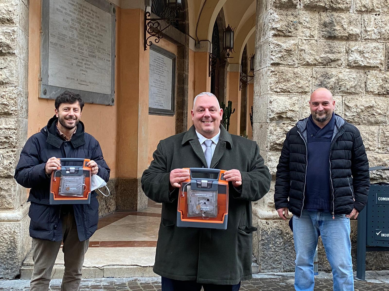 Vivarelli-Colonna-Megale-Guerrini-defibrillatori