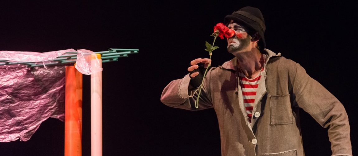 teatro-industri-spettacolo-Casa-Romantika