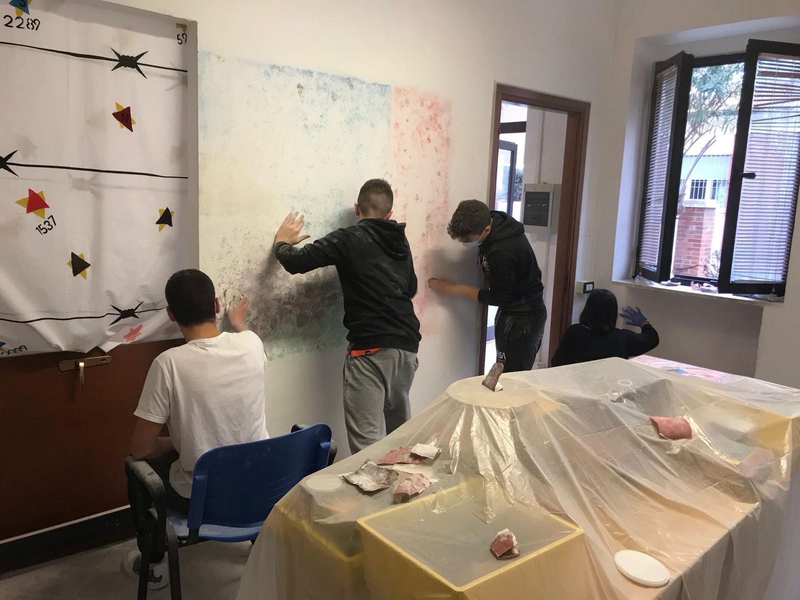 Follonica-Radio-street-art-arredo-creativo-al-via-nuovi-laboratori-per-i-giovani-del-centro-Spazi-Ragazz