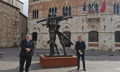 grosseto-piazza-dante-mostra-Sauro-Cavallini-
