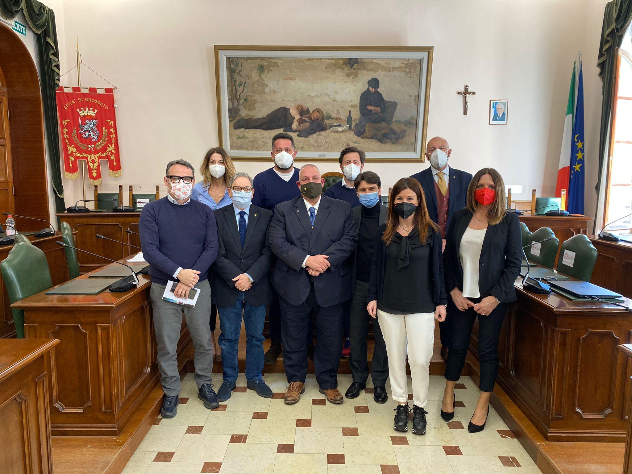 grosseto-sindaco-vivarelli-colonna-e-la-giunta-comunale