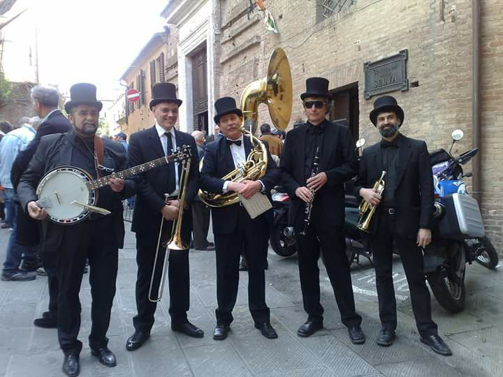 quintetto-Abbey-Road-dixie-band