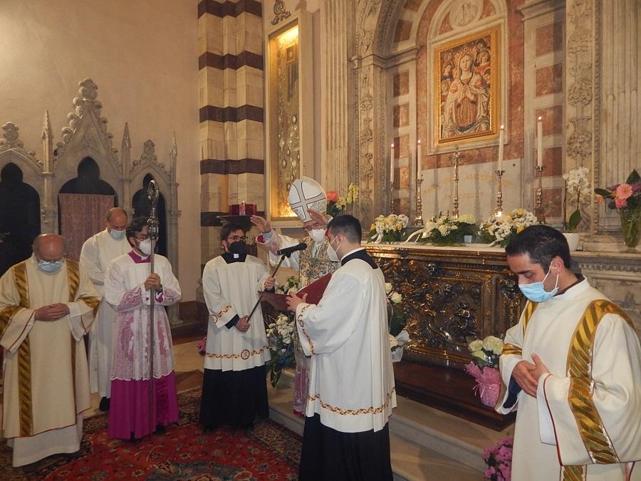 Diocesi-di-Grosseto-nella-foto-un-momento-della-celebrazione-del-2-maggio-della-festa-della-Madonna-delle-Grazie