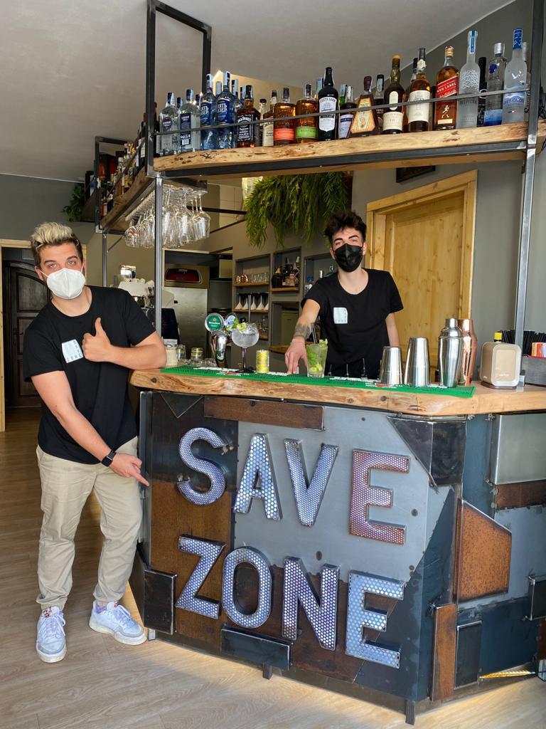 pitigliano-nella-foto-da-sinistra-Niccolo-Zammarchi-e-Gabriele-Savelli-titolare-del-Save-zone