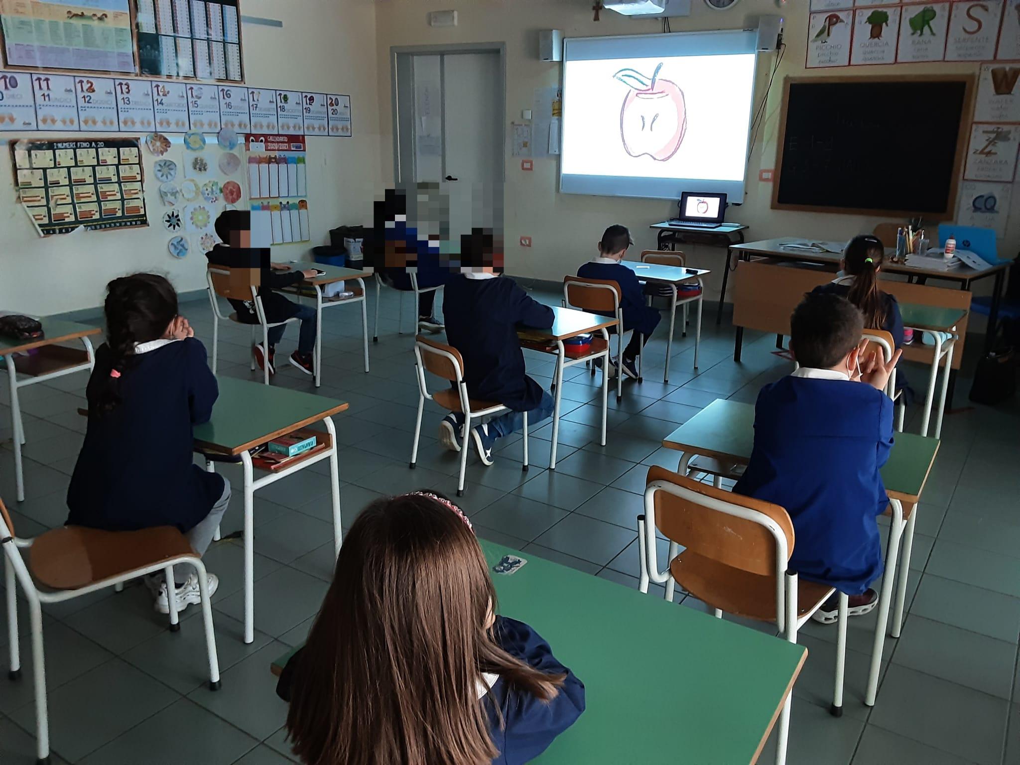 SeiToscana_ricreazione_laboratorio_scuola