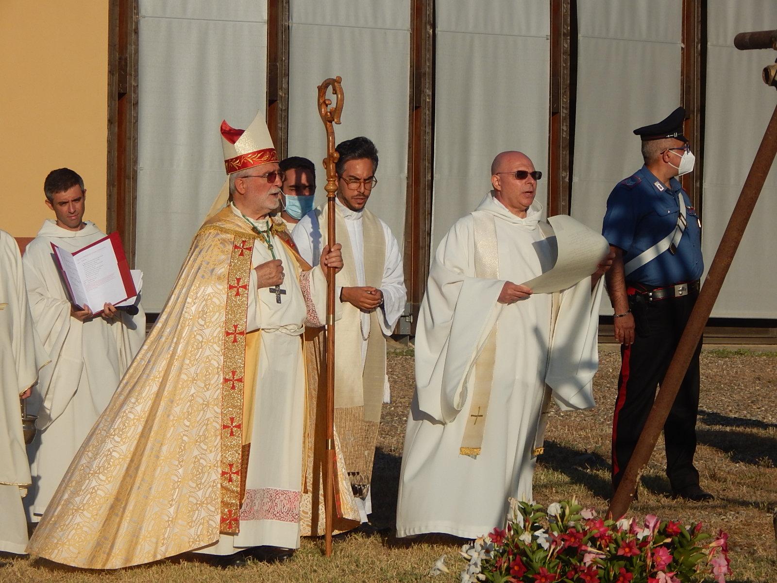 diocesi-di-grosseto-benedetta-la-prima-pietra-della-chiesa-del-monastero-di-Siloe